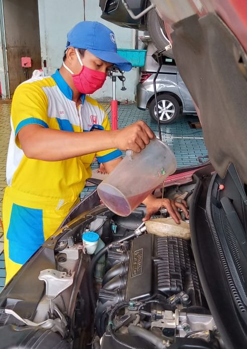 Pengisian Oli Honda Pati Jaya