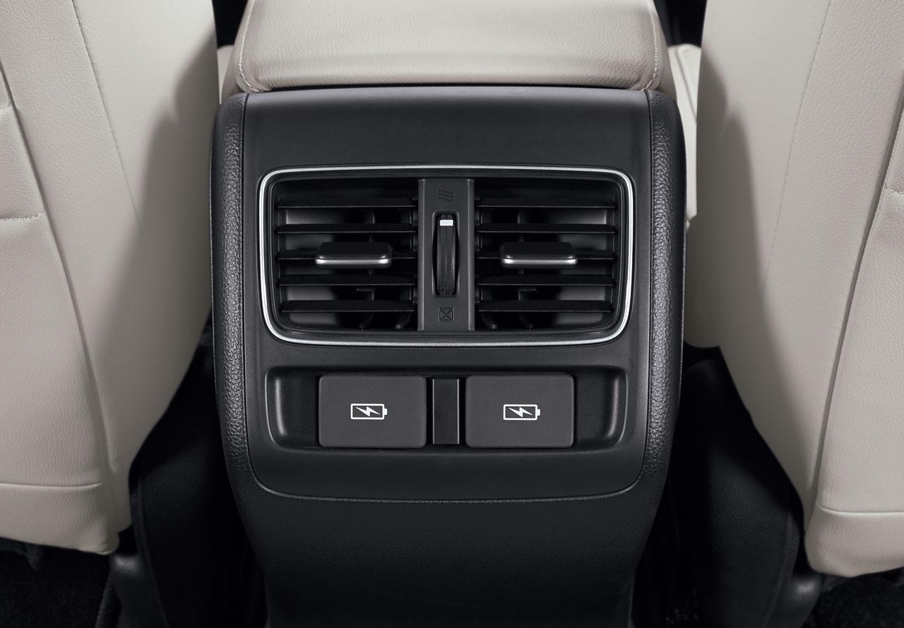 Rear-A-C-Ventilation